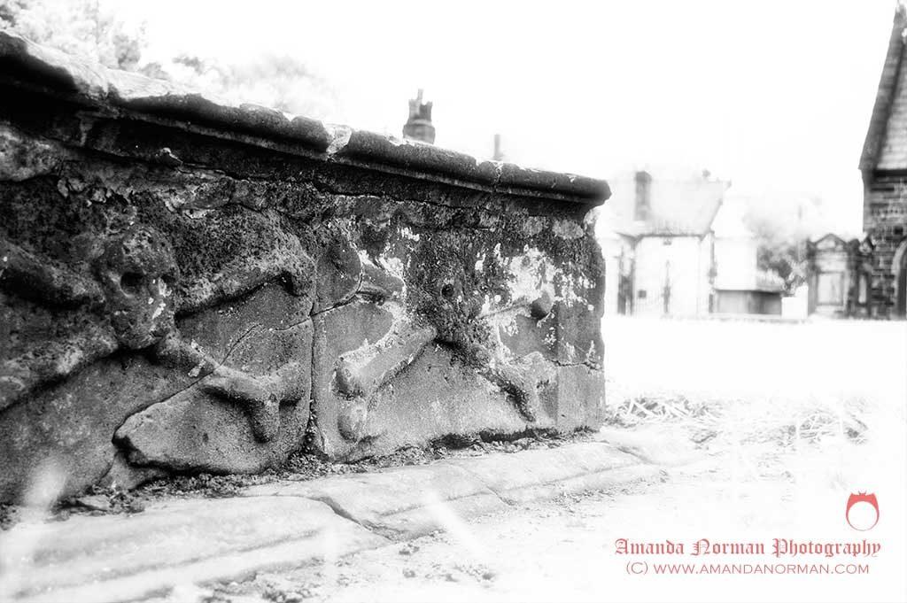 Skull and Crossbones grave in Warrington